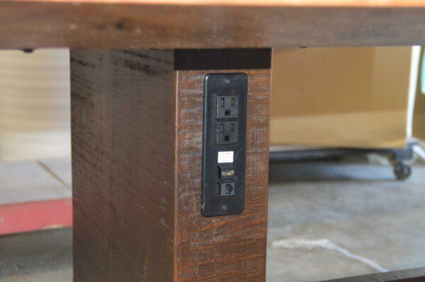 inset powerport, table leg detail.